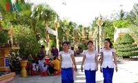 """Đồng bào Khmer Sóc Trăng vui đón Tết Chôl Chnăm Thmây """"Đoàn kết - Vì tương lai phát triển"""""""