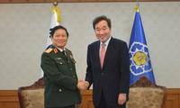 Việt Nam - Hàn Quốc ký Tuyên bố tầm nhìn chung về hợp tác quốc phòng đến năm 2030
