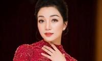 Phạm Thu Hà hát Giai điệu tự hào