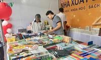 Đà Nẵng: Hơn 20 nghìn bản sách trong Phiên chợ sách lần 2