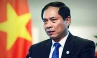 Thứ trưởng thường trực Bộ Ngoại giao Bùi Thanh Sơn thăm Singapore và Ấn Độ