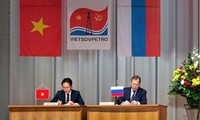 Hợp tác giữa Việt Nam và Liên bang Nga trong lĩnh vực dầu khí tiếp tục được củng cố và tăng cường