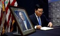 Thượng nghị sỹ John McCain - Người có nhiều đóng góp to lớn trong việc xác lập quan hệ Đối tác toàn diện Việt Nam – Hoa Kỳ