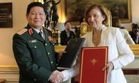 Việt Nam, Pháp ký Tuyên bố Tầm nhìn chung về hợp tác quốc phòng giai đoạn 2018-2028