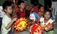 Cùng thắp lên ngọn lửa yêu thương cho trẻ em