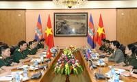 Tăng cường hợp tác giữa phụ nữ quân đội Việt Nam và Campuchia