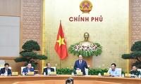 Thủ tướng Nguyễn Xuân Phúc chủ trì Phiên họp thường kỳ Chính phủ