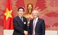 Phó Chủ tịch Quốc hội Uông Chu Lưu tiếp Đoàn Ủy ban Hiến pháp và Pháp luật của Nhân đại Trung Quốc