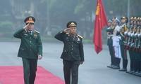 Đoàn đại biểu Chính trị cấp cao Quân đội nhân dân Lào thăm chính thức Việt Nam