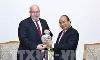 Thủ tướng Nguyễn Xuân Phúc tiếp Bộ trưởng Kinh tế và Năng lượng Đức