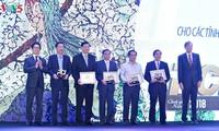 Năm thứ 2 liên tiếp Quảng Ninh đứng đầu cả nước về chỉ số năng lực cạnh tranh cấp tỉnh