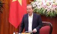 Phó Thủ tướng Thường trực Chính phủ Trương Hòa Bình: Chăm lo cho gia đình chính sách là trách nhiệm của toàn xã hội