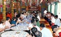 Đoàn Ủy ban Trung ương Mặt trận Tổ quốc Việt Nam chúc Tết Chôl Chnăm Thmây tại Hậu Giang