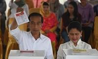 Điện mừng Indonesia tổ chức thành công cuộc Bầu cử Tổng thống và Bầu cử Quốc hội