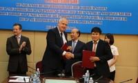 Cục Hàng không Việt Nam ký kết với ADPi (Pháp) nghiên cứu nâng công suất sân bay Nội Bài