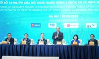 Thủ tướng Nguyễn Xuân Phúc nêu các 'từ khóa' kích hoạt kinh tế tư nhân