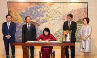 Phát triển hơn nữa mối quan hệ Đối tác chiến lược sâu rộng Việt Nam - Nhật Bản
