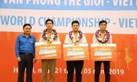 Vinh danh 3 nhà vô địch Cuộc thi Tin học Văn phòng Thế giới - Viettel 2019 tại Việt Nam