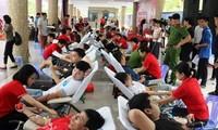 Đà Nẵng: 1.500 người tham gia hiến máu tình nguyện tại Chương trình Hành Trình đỏ lần thứ 7