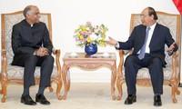 Kết thúc nhiệm kỳ công tác Đại sứ Ấn Độ chào từ biệt Thủ tướng Việt Nam
