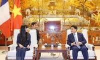 Hà Nội tăng cường hợp tác với Pháp trong lĩnh vực phát triển giao thông, đô thị