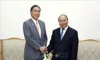 Thủ tướng Nguyễn Xuân Phúc tiếp ông Abe Shuichi, Thống đốc tỉnh Nagano (Nhật Bản)