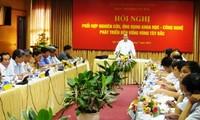 Konferensi koordinasi penelitian terapan sains dan teknologi perkembangan daerah Tay Bac