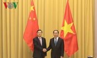 Presiden Tran Dai Quang menerima Ketua Komite Tetap KRN Tiongkok, Zhang Dejiang