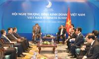 PM Vietnam, Nguyen Xuan Phuc menerima delegasi badan usaha Tiongkok