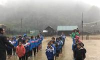 Memperkenalkan tentang usaha pengajaran dari para guru di daerah pegunungan tinggi Vietnam