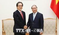 PM Vietnam, Nguyen Xuan Phuc menerima Ketua Organisasi Promosi Dagang Jepang