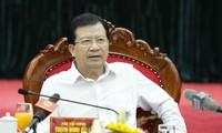 Deputi PM Trinh Dinh Dung : Mencegah dan memberantas semua manifestasi yang subyektif dalam menghadapi musibah dan bencana alam