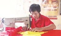 Tu Van- Desa tempat menjahit Bendera Nasional