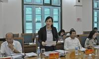 Menggelarkan penerimaan warga negara untuk melayani Persidangan ke-6 MN Vietnam angkatan ke-14
