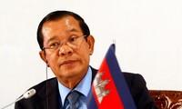 Memperkuat  hubungan persahabatan  dan kerja sama  istimewa Viet Nam-Kamboja