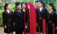 Upacara mengunduh mantu  dari warga etnis minorits San Diu