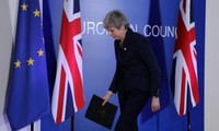 Masalah Brexit : Uni Eropa sepakat menunda Brexit sampai 12/4 kalau permufakatan dengan Uni Eropa terus ditolak