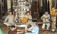"""Don ca tai tu"" -  traditional improvisational chamber music"