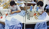 Vietnam to earn 15 billion USD from garment, textile exports