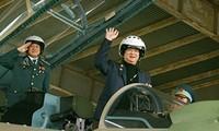 PM Nguyen Tan Dung visits Air Force squadron 923