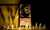 International community praises Fidel Castro