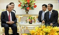 Cambodia media praises Vietnam's multilateral foreign policy