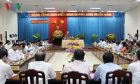 Party leader works with An Giang on socio-economic development, political system