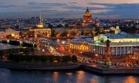 Vietnam attends International Economic Forum in Russia