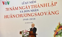 Party leader underscores important role of arts, literature in national development