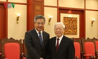 Party leader receives Chinese Vice Premier, Indonesian President