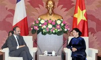 National Assembly Chairwoman meets French Prime Minister