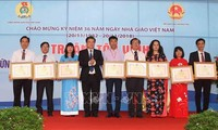 Vietnam Teachers' Day marked nationwide