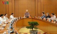Party leader and President chairs meeting of subcommittee on documents of 13th National Party Congress