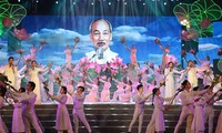 President Ho Chi Minh's 129th birthday celebrated nationwide